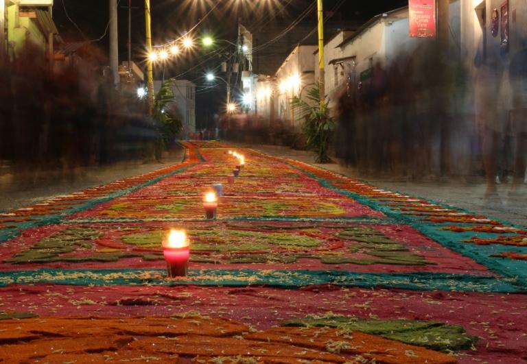 Carpet w Candle Night_Fotor